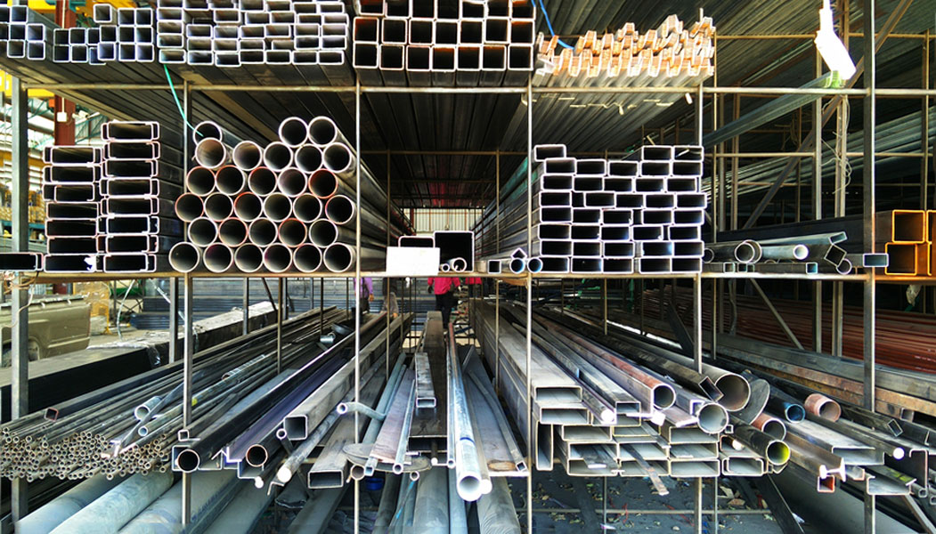 Understanding the Unique Properties and Uses of Hot and Cold Rolled Steel